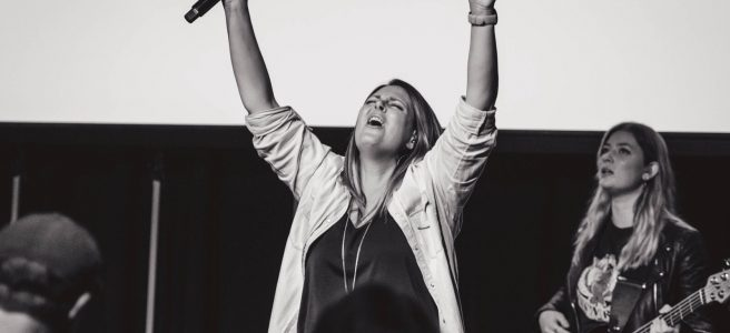 Carly Riordan Worship Leading